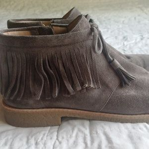 "kate spade Shoes - EUC Kate Spade ""Bitsy"" Fringe Bootie Charcoal 8M"